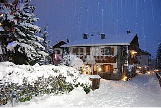 Chalet gardenia to two hundred meters from the the Sondrio
