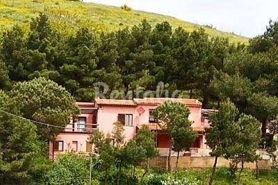Casa de 1 habitación a 2.5 km de la playa Livorno