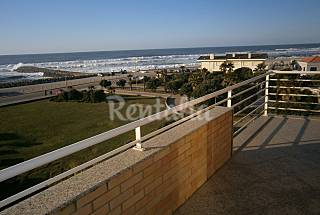 Apartment for 4-5 people only 30 meters from the beach Aveiro