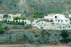 House for 4 people with views to the mountain Almería