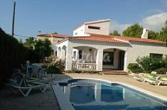 House for 11 people only 800 meters from the beach Tarragona
