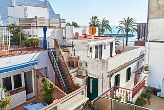 Ático dúplex con terraza, vistas al mar y WIFI Barcelona