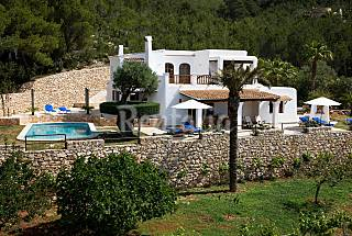 Villa for rent only 1500 meters from the beach Ibiza