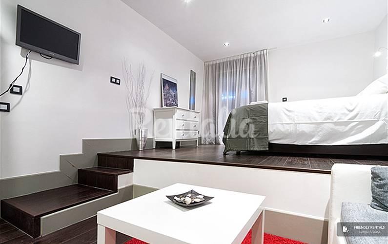 El apartamento cibeles studio vi en madrid madrid for Licencia apartamento turistico madrid