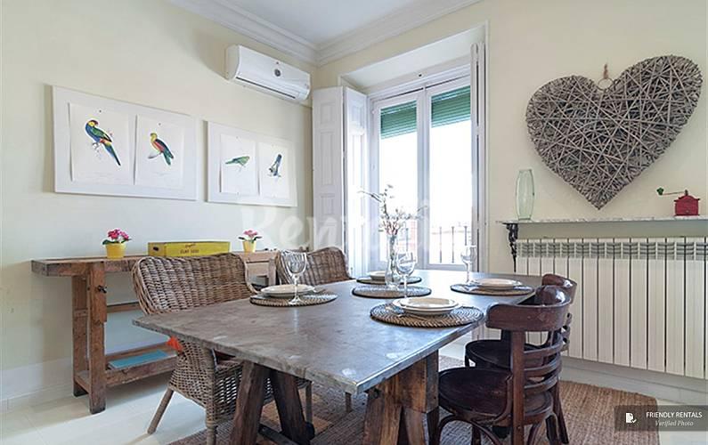 El apartamento latina xii madrid madrid madrid camino for Licencia apartamento turistico madrid