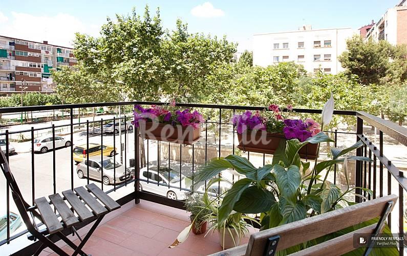 Apartamento para 3 pessoas em barcelona centro santa - Casas en santa coloma de gramenet ...