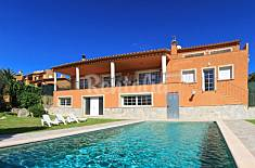 Villa for 9 people at 5 km from the beach Girona