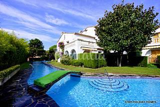 Bonita Casa en alquiler a 250 m de la playa Girona/Gerona