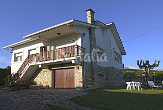 Villa for 8-9 people only 50 meters from the beach A Coruña