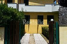 Villa con 3 stanze a 1000 m dalla spiaggia Roma
