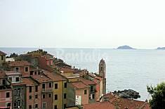 Nido azzurro semindipendente per coppie La Spezia