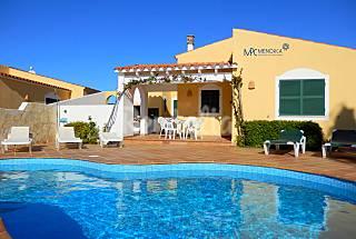 Villa Linardo | Villa with pool and close beach! Minorca