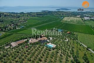 Farmhouse in Umbria with wiew on Lake Trasimeno Perugia