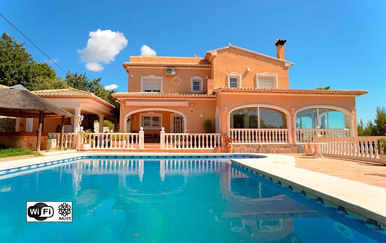 Luxe villa met prive zwembad en uitzicht op zee calpe calp alicante costa blanca - Buiten villa outs ...