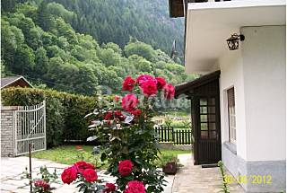 Villa for rent with private garden Aosta