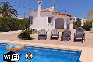 Holiday villa with private pool in Calpe Alicante