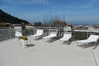 Casa de 3 habitaciones a 2 km de la playa Nápoles