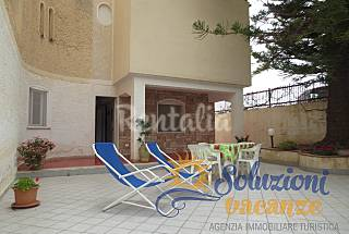 Apartment 6 people only 50 meters from the beach Syracuse
