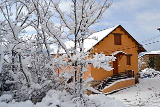 House with 4 bedrooms in mountain environment León