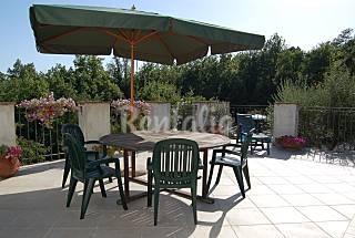 Casa per 4-5 persone a 15 km dalla spiaggia Lucca