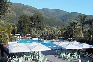 50 Apartamentos  a 2.1 km de la playa Salerno