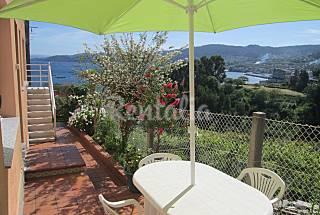 Apartamento  a 300 m de la playa con vistas al mar Pontevedra