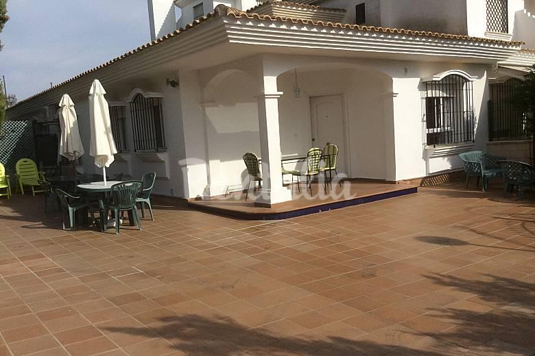 Casa para 5 8 personas con piscina nuevo portil cartaya for Casa rural para cuatro personas con piscina