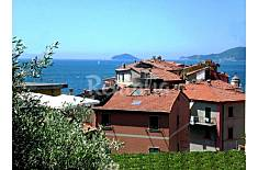 Apartment with 2 bedrooms only 30 meters from the beach La Spezia