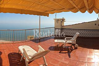 Apartment with 3 bedrooms only 30 meters from the beach Valencia