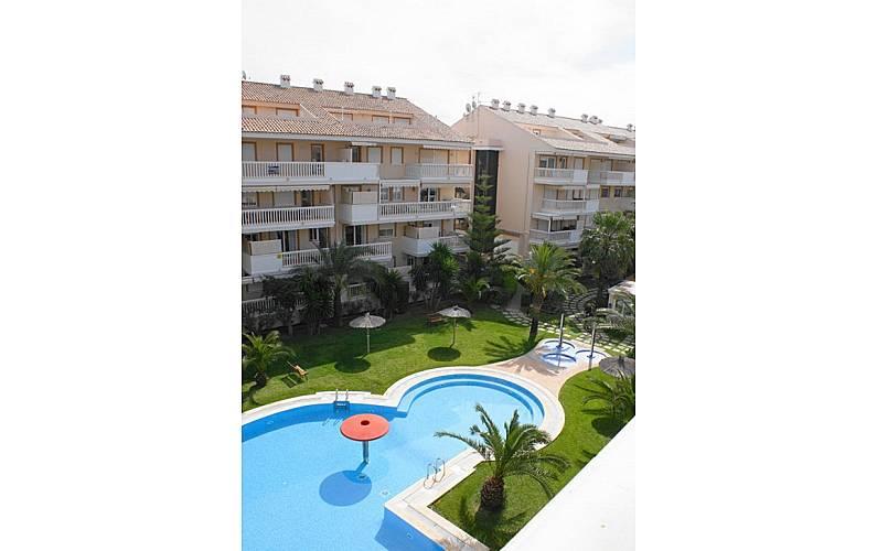 Appartement pour 2 4 personnes 250 m de la plage for Chauffage piscine russe
