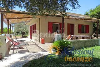 Villa with garden in San Lorenzo Syracuse