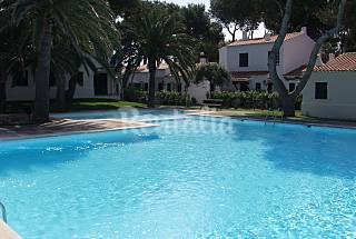 Apartamento para 3-5 personas en 1a línea de playa Menorca