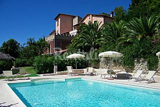 2 Apartments for rent with swimming pool Pisa