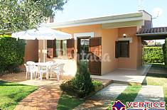 Villa with 3 bedrooms only 100 meters from the beach Latina