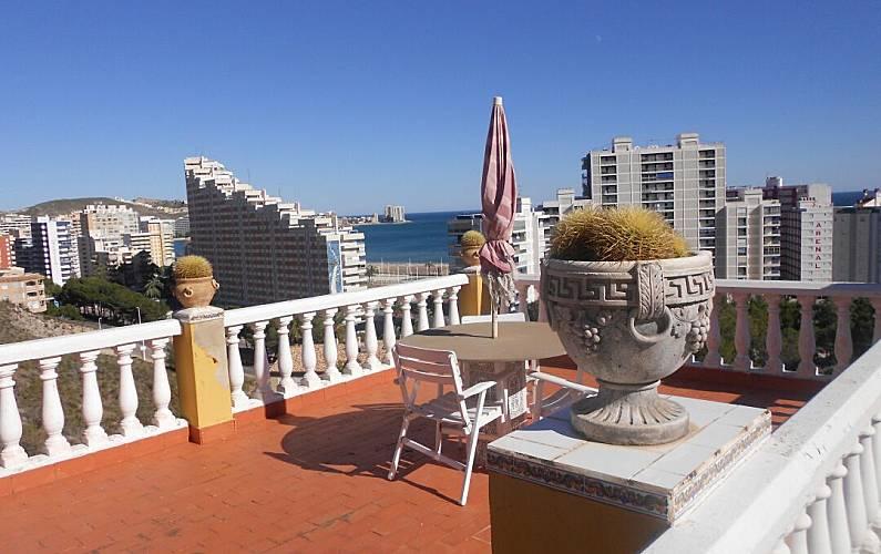 Villa met 4 slaapkamers op 300 meter van het strand cullera valencia natuurpark albufera for Terras strijkijzer