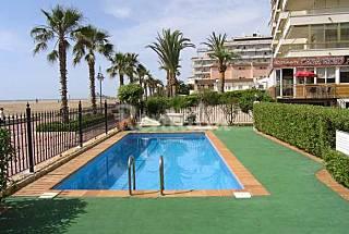 apartamentos en peñiscola 1º línea playa y piscina Castellón