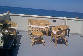 Apartment with 2 bedrooms only 100 meters from the beach Messina