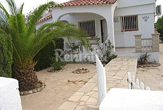 House for rent only 50 meters from the beach Tarragona