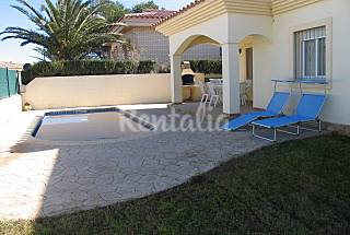 House with 3 bedrooms only 100 meters from the beach Tarragona