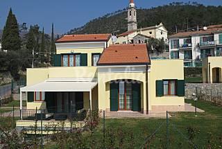 Villa für 4-10 Personen, 4 Km bis zum Strand Savona