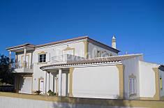 Vivenda com 4 quartos a 3 km da praia Algarve-Faro