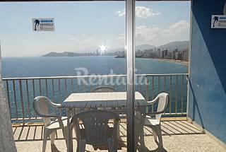 Apartamento de 1 habitación en 1a línea de playa Alicante