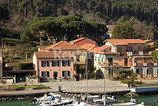 Tirde's Holiday House, 4 apartments just Vacations La Spezia