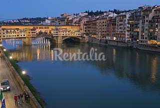 Appartamento signorile affacciato sul Fiume Arno Firenze