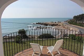 2 Apartamentos con WIFI gratis a 30 m de la playa Castellón