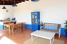 Villa near Lisbon and the beach, Wi-Fi, good value Setúbal