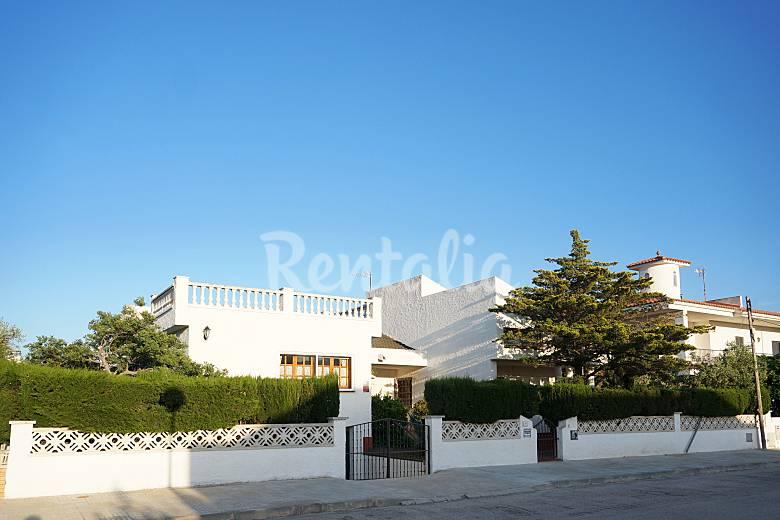 Villa con 4 stanze a 500 m dal mare Tarragona