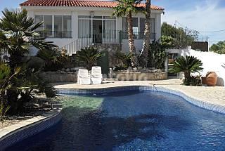 Villa for rent in Valencian Community Valencia