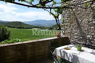 Casa para 4-6 personas con vistas a la montaña Perusa