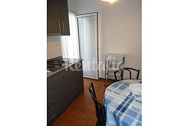 Casa de 3 habitaciones a 50 m de la playa vinar s for Cocinas castellon precios